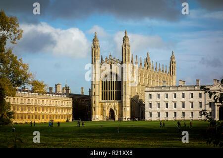 La capilla de King's College, Universidad de Cambridge en el otoño. Universidad de Cambridge, Reino Unido