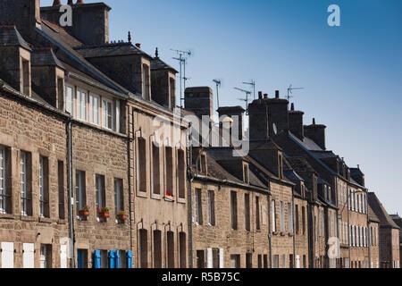 Francia, la región de Normandía, Manche Departamento, Barfleur, edificios de la ciudad