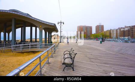 Paseo marítimo de Coney Island, Brighton Beach, Brooklyn, EE.UU.