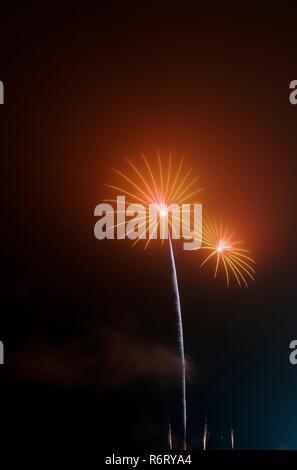 Aberdeen fuegos artificiales en la fogata Noche en Beach Boulevard. El 05 de noviembre, 2018. Escocia, Reino Unido.