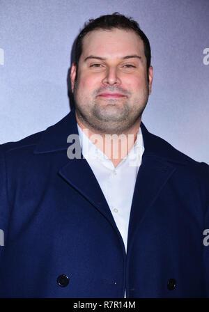 Westwood, California, USA. 10 de diciembre de 2018. Max Adler asiste a Warner Bros Pictures estreno mundial de 'La Mula' en el Regency Village theater el 10 de diciembre de 2018, en Westwood, California. Crédito: Tsuni / USA/Alamy Live News