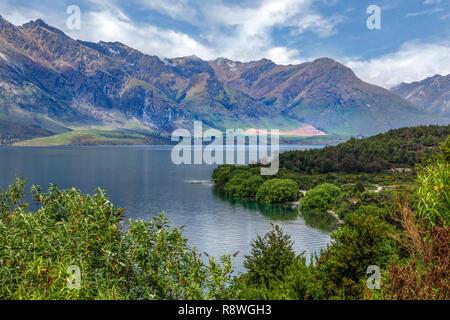 Queenstown, el lago Wakatipu, Otago, Isla del Sur, Nueva Zelanda