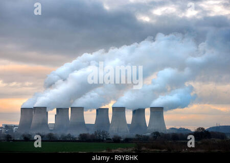 En Ratcliffe Soar Coal Power Station de Nottingham, Reino Unido Foto de stock