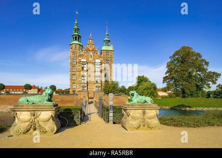 Portal de entrada Castillo Rosenborg, Copenhague, Dinamarca, la región Hovedstaden
