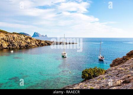 Cerca de la Bahía de Portinatx, Ibiza, Islas Baleares, España