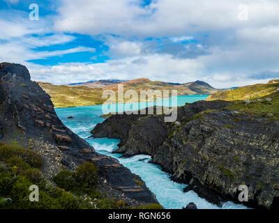 América del Sur, Chile, Patagonia, vistas al río Paine, Parque Nacional Torres del Paine Foto de stock