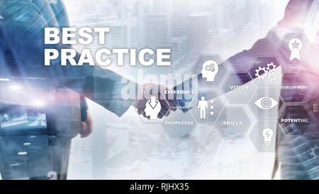 La mejor práctica en la pantalla virtual. Negocios, tecnología, Internet y el concepto de red.