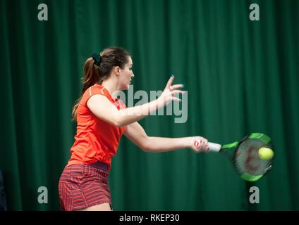 Shrewsbury, Shropshire, RU . El 11 de febrero, 2019. Laura Robson (en la foto) recibió un comodín para característica en las eliminatorias de los $60,000 en el caso de la Shrewsbury Club el lunes 11 de febrero de 2019. Playng Jessica PIERI desde Italia Crédito: Richard Dawson/Alamy Live News