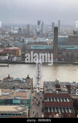 Vista desde la Catedral de San Pablo, mirando hacia el río Támesis y el Tate Modern.
