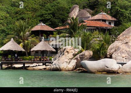 Pequeño bungalow resort Ngoc Suong, en Cam Ranh Bay, Nha Trang, Vietnam, Asia