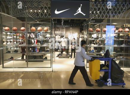 Monasterio mareado Nublado  tienda de jordan - Tienda Online de Zapatos, Ropa y Complementos de marca