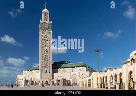 Y minarete de la Mezquita Hassan II, Casablanca, Marruecos