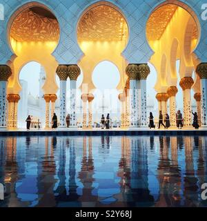Gran Mezquita de Sheikh Zayed, en Abu Dhabi, Emiratos Árabes Unidos