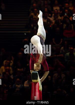 Birmingham, Inglaterra, Reino Unido. 23 de marzo, 2019. Aliya Mustafina Rusia en acción durante la competición, haz de la mujer durante el 2019, la Copa del Mundo de gimnasia