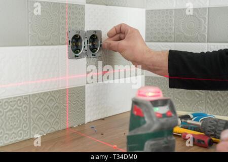 Instalar Gabinetes De Cocina A Nivel Laser