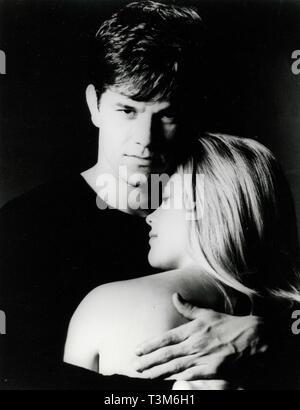 Mark Wahlberg y Reese Witherspoon en la película de miedo, 1996