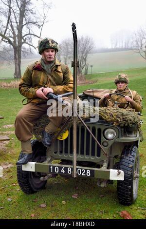 Francia, Eure, Sainte Colombe prÚs Vernon, aliada de la reconstitución Group (EE.UU. Guerra Mundial 2 y francés Maquis reconstrucción histórica Association), recreadores de soldados franceses libres integrados en el ejército británico SAS