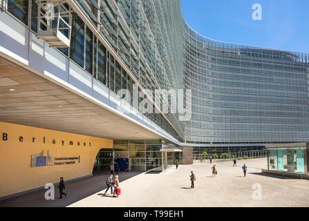 Edificio de la sede de la Comisión Europea La Comisión Europea edificio edificio edificio Berlaymont de la Comisión Europea, Bruselas, Bélgica, la Unión Europea, Europa