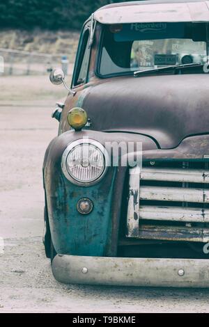 Recogida en la serie 100 de GMC 1952 en el espectáculo de autos americano de Brooklands. Weybridge, Surrey, Inglaterra, Inglaterra. Clásico clásico clásico americano coche. Filtro Vintage aplicado