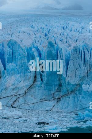 Imágenes de detalle del Glaciar Perito Moreno en el Parque Nacional Los Glaciares en la Patagonia Argentina, en el extremo sur de América del Sur. Foto de stock