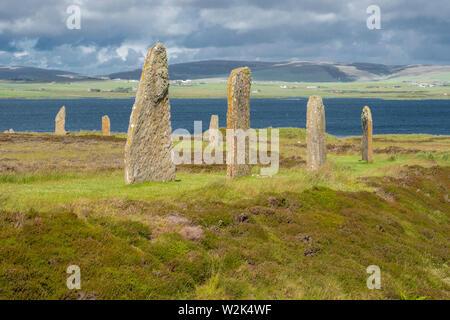 El anillo de Brodgar es un henge neolítico y círculo de piedra cerca de 6 millas al noreste de Stromness en el continente, la isla más grande de las Islas Orcadas, Scotlan