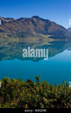 Lago Wakaipu, alrededor de Queenstown, Isla del Sur, Nueva Zelanda