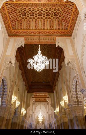 Casablanca, en Marruecos: Marzo 01, 2019:interior de la mezquita de Hassan II en Casablanca, Marruecos, África.