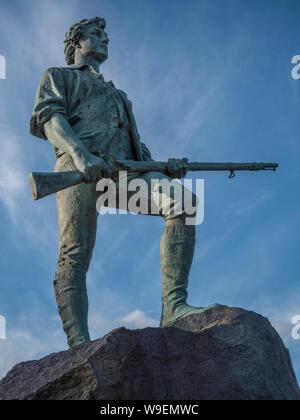 El Minuteman estatua inaugurada el 19 de abril de 1900, el 125º aniversario de la batalla