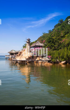 Pequeño bungalow resort Ngoc Suong, en Cam Ranh Bay,el mar del sur de china, Nha Trang, Vietnam, Asia, 30074675