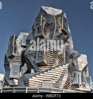 LUMA Arles, centro de cultura por el arquitecto Frank Gehry Arles, Provence, Francia