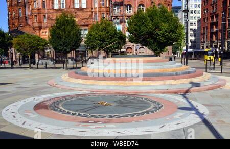 En 2019 un nuevo Peterloo Memorial ha sido presentado en Manchester, Reino Unido, en el sitio donde tuvo lugar la masacre de Peterloo en 1819.