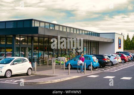Supermercado ALDI exterior Foto de stock