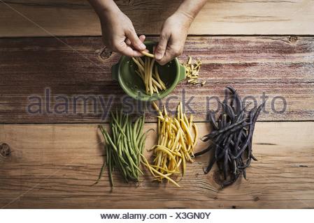 Habichuelas frescas foto imagen de stock 73760929 alamy - Como cocinar judias verdes frescas ...