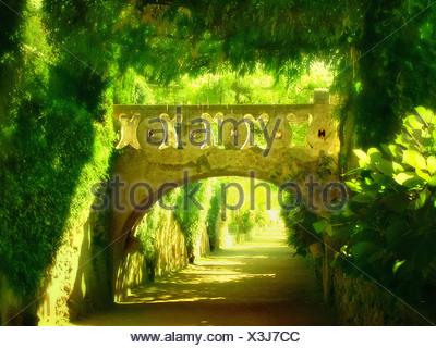Los jardines de Villa Cimbrone en Italia.
