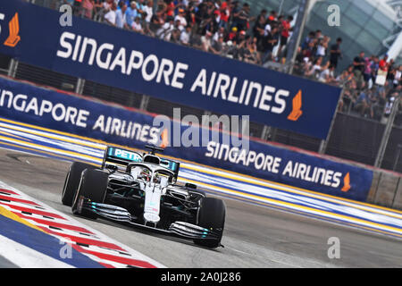 Singapour. Sep 20, 2019. Les lecteurs de Mercedes de Lewis Hamilton durant la première session de la pratique de la Formule Un Grand Prix de Singapour qui a eu lieu à la Marina Bay Street Circuit dans Singapour le 20 septembre 2019. Credit: Puis Chih Wey/Xinhua/Alamy Live News Banque D'Images