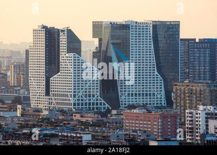 Chengdu, province du Sichuan, Chine - Sept 21, 2019: bâtiments Raffles City vue aérienne à Chengdu Banque D'Images