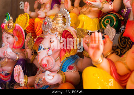 Idoles de Ganesh seigneur hindou/Ganesha vendu à Goa (Inde) à l'occasion du Festival de Ganesh Chaturthi Banque D'Images