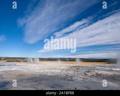 Hot springs de vapeur, Midway Geyser Basin, Parc National de Yellowstone, Wyoming, USA
