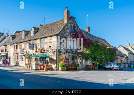 BURFORD, UK - 21 septembre 2019: Burford, une petite ville médiévale sur la rivière Windrush situé à 18 milles à l'ouest d'Oxford dans l'Oxfordshire, est souvent prévue
