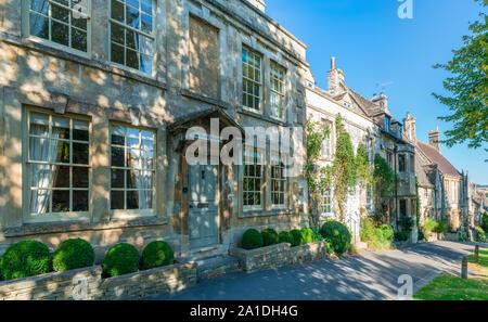 BURFORD, UK - 21 septembre 2019: Burford, une petite ville médiévale sur la rivière Windrush situé à 18 milles à l'ouest d'Oxford dans l'Oxfordshire