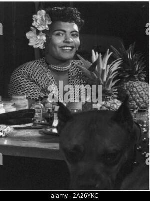 Portrait de Billie Holiday, Downbeat(), New York, NY, ca Juin 1946 Banque D'Images