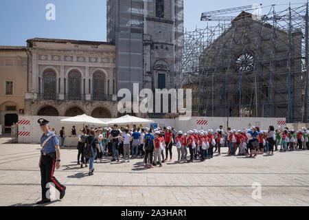 Piazza San Benedetto avec tremblements, Ombrie, Italie Banque D'Images