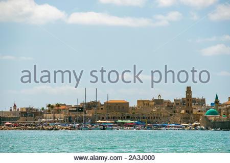 Israël, quartier Nord, Galilée, Acre (Akko). Vue sur le port et la vieille ville d'Akko. Banque D'Images
