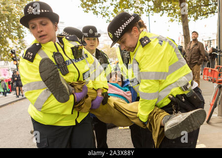 Trafalgar Square, Londres, Royaume-Uni. 10 Oct 2019. Scènes autour de Trafalgar Square que l'Extinction rébellion protester entre dans sa quatrième journée. Penelope Barritt/Alamy Live News