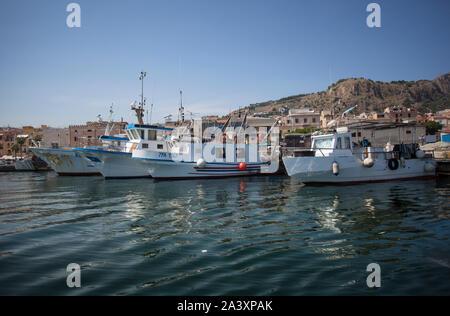 Bagnera en Sicile 5 Port Banque D'Images