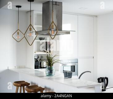 Design intérieur magnifique chambre et cuisine moderne blanc Banque D'Images