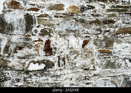 Close up of cairn de pierre près de la Baie de Cardigan, le marquage à l'entrée du port de Porthgain Sentier de Pembrokeshire Coast National Park, Pembrokeshire, Pays de Galles, U Banque D'Images