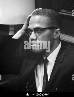Malcolm X (19 mai 1925 - 21 février 1965), né Malcolm Little, il était un ministre américain musulman et un militant des droits de l'homme Banque D'Images