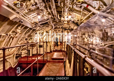 Intérieur d'un sous-marin de la Seconde Guerre mondiale Banque D'Images
