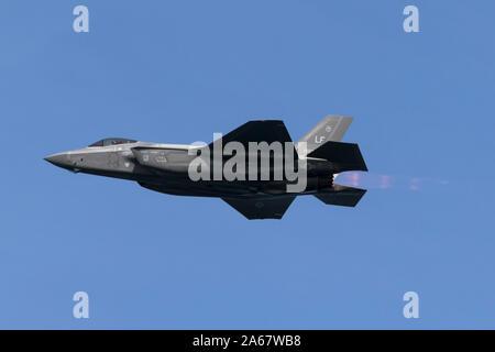 United States Air Force Lockheed Martin F-35 Lightning II cinquième génération de chasseurs en postcombustion.